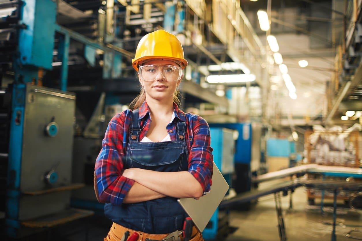 Como enfrentar a escassez de trabalhadores qualificados na indústria?