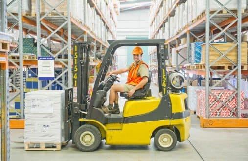 Movimentação de Materiais: Guia completo sobre logística interna